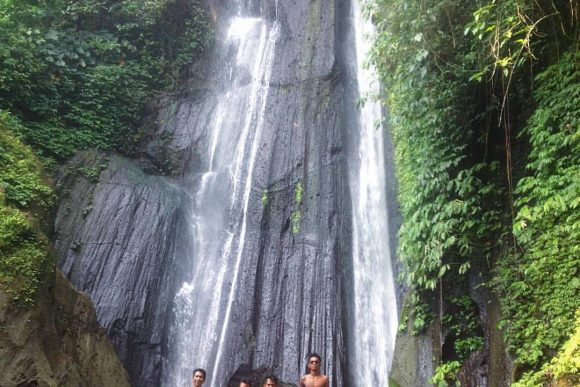 Air Terjun Dusun Kuning Bangli