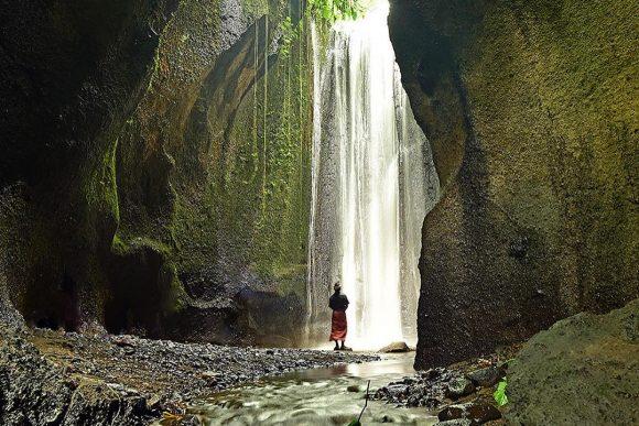 Mengintip Keindahan Air Terjun Tukad Cepung Bali
