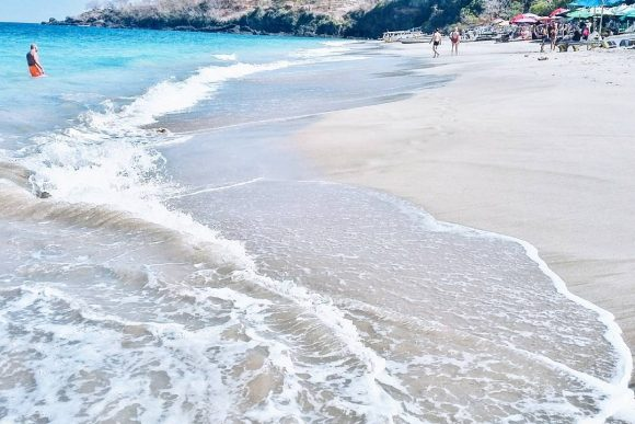 Pantai Pesari (Virgin Beach)