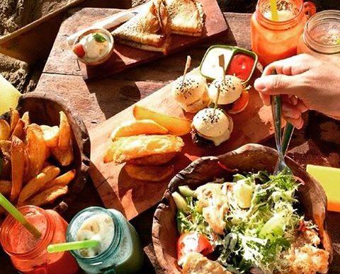 La Plancha Bar & Restaurant