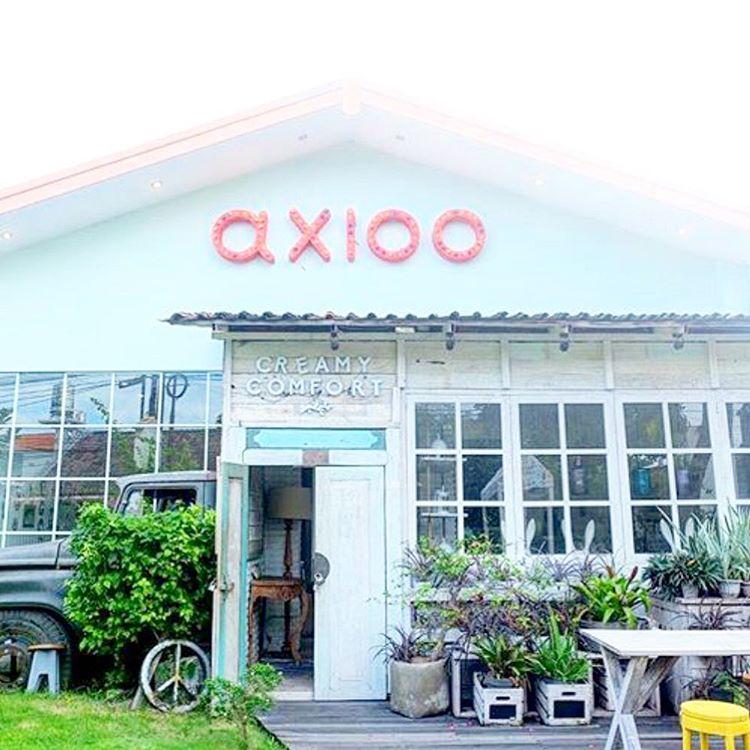 Creamy Comfort Cafe,Kerobokan
