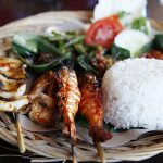 7 Restoran di Bali yang Menyajikan Makanan Khas Bali yang Wajib Dicoba