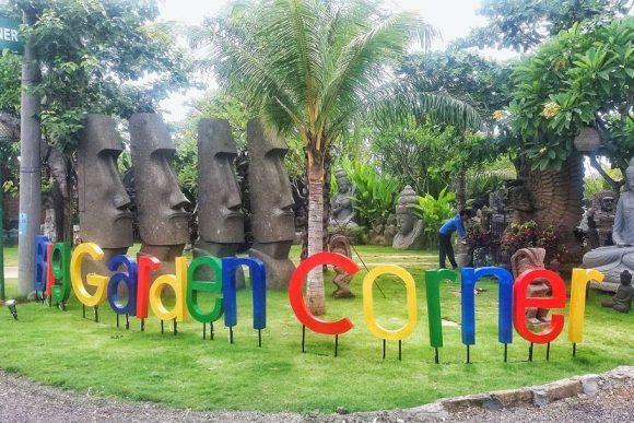 Big Garden Corner